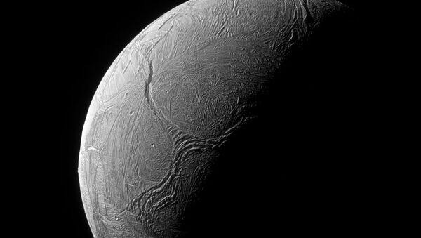 Powierzchnia Enceladusa - Sputnik Polska