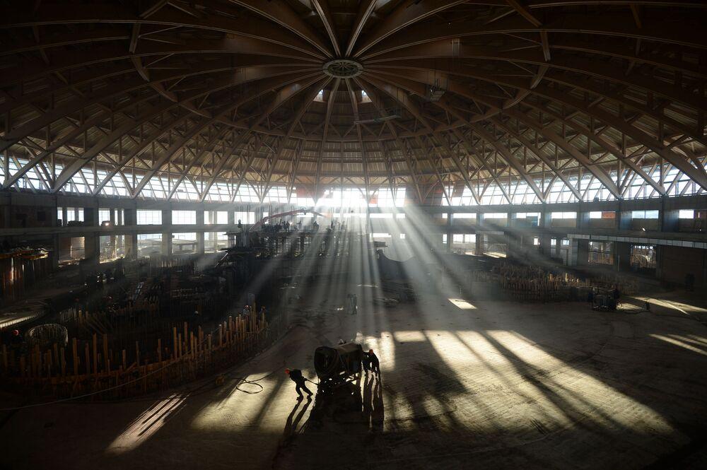 Budowa parku wodnego Kwarsis-Akwamir w Nowosybirsku