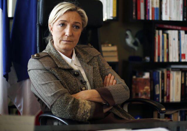 Liderka francuskiego Frontu Narodowego Marine Le Pen