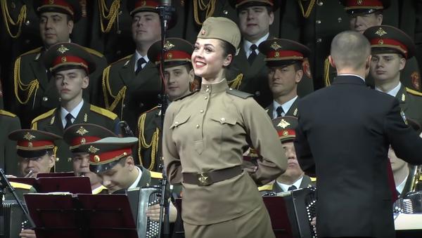 Ostatni koncert Chóru Aleksandrowa - Sputnik Polska