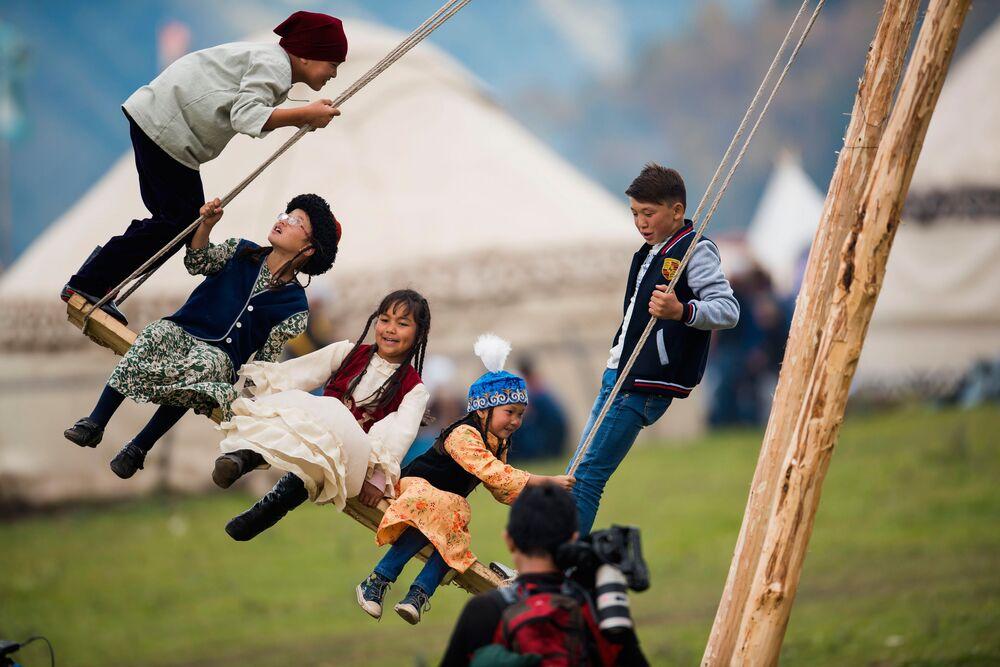 Etnomiasteczko w Kirgistanie otwarte w ramach II Światowych Igrzysk Koczowników 2016.