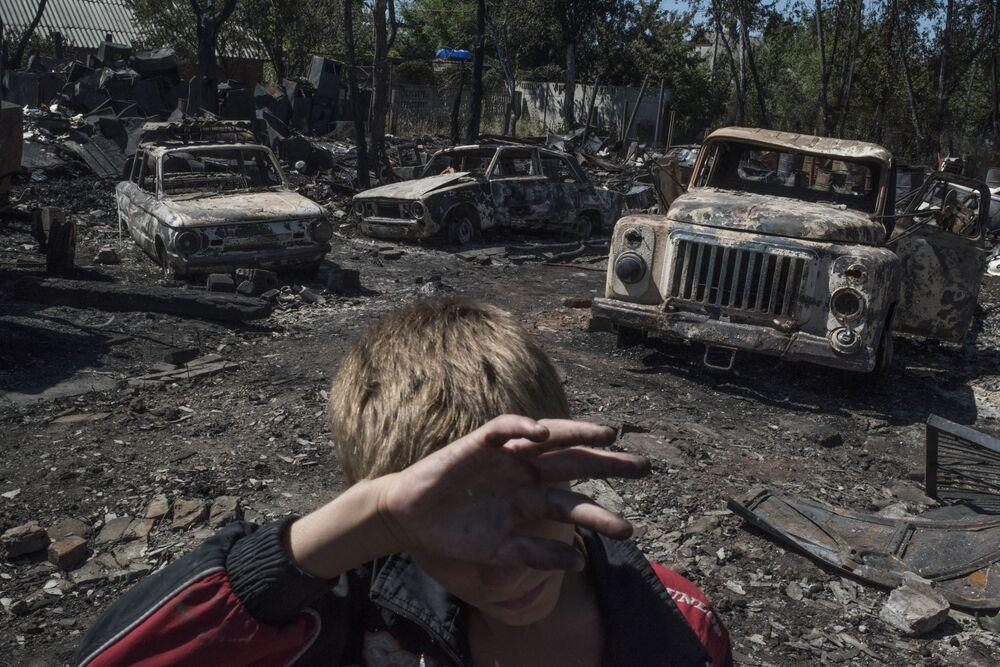 Skutki ostrzału miejscowości Łozowoje w obwodzie donieckim.