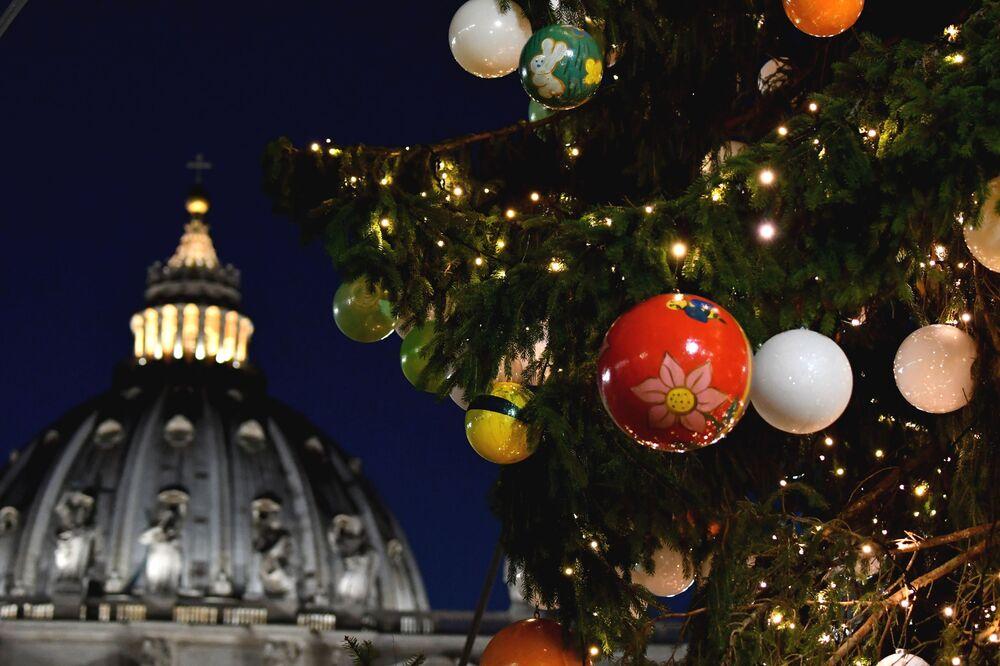 Plac Świętego Piotra w Watykanie