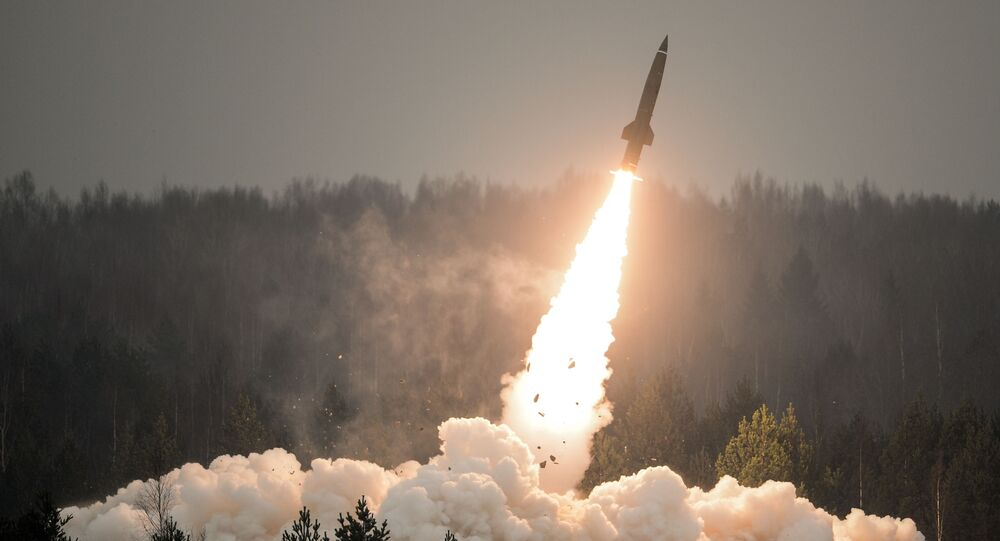 Pokazowy wystrzał rakiety Toczka-U w obwodzie leningradzkim