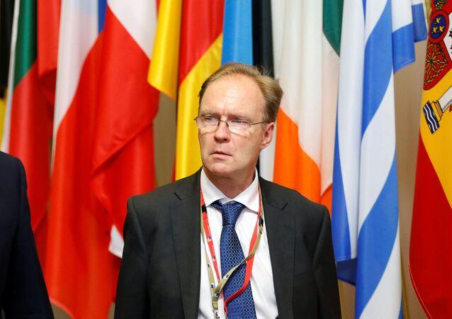Ambasador Wielkiej Brytanii przy Unii Europejskiej Ivan Rogers zrezygnował ze stanowiska przed końcem kadencji