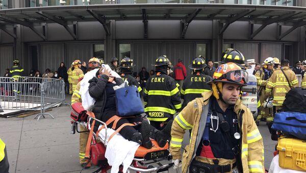 Ponad 100 osób ucierpiało w wypadku kolejowym w Brooklynie - Sputnik Polska
