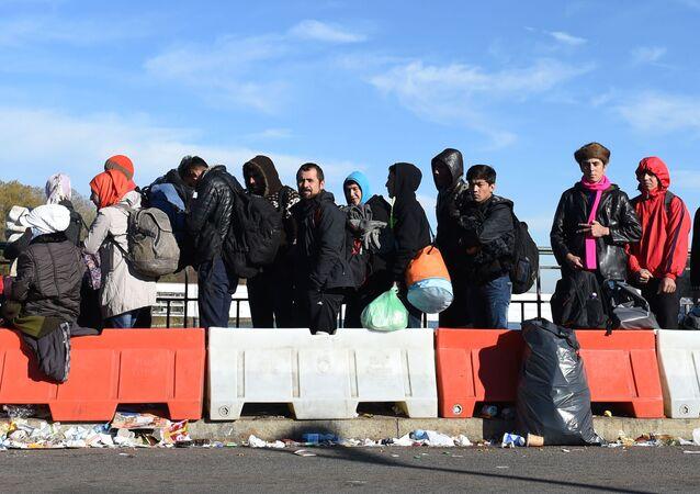 Imigranci na austriacko-niemieckiej granicy