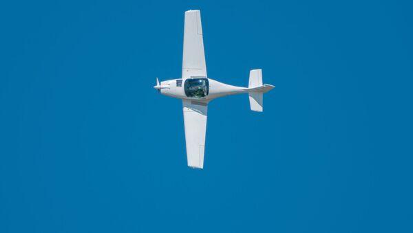 Lekki jednomotorowy samolot - Sputnik Polska
