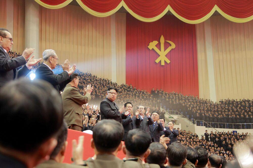 Lider KRLD Kim Dzong Un w Pjongjang