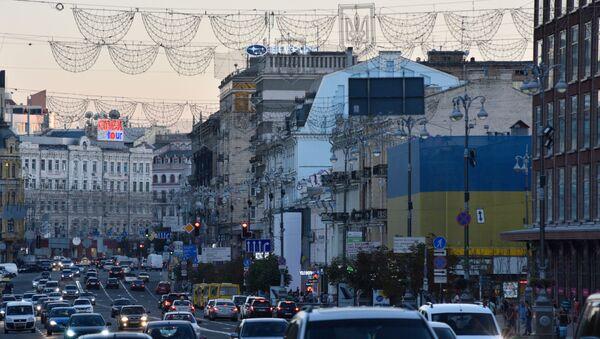 Ruch na ulicy Chreszczatyk w Kijowie - Sputnik Polska