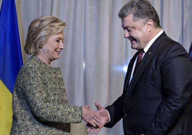 Kandydat na prezydenta USA Hillary Clinton i prezydent Ukrainy Petro Poroszenko na spotkaniu w Nowym Jorku