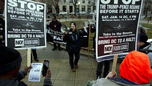 Amerykanie protestują przeciwko inauguracji Donalda Trumpa - Sputnik Polska
