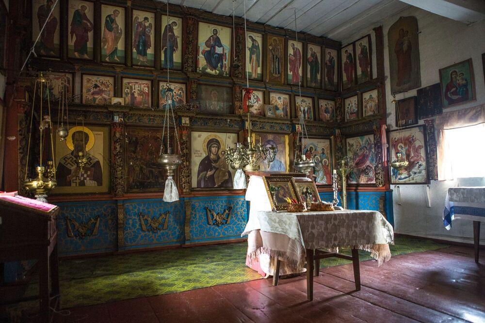 W czasowni Matki Bożej Smoleńskiej. (koniec XVII - poczatek XVIII wieku) we wsi Kinierma w Karelii. W 2016 roku wieś Kinierma otrzymała tytuł Najpiękniejsza wieś w Rosji.