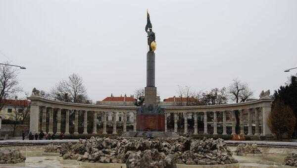 Pomnik ku czci żołnierzy radzieckich, poległych przy wyzwalaniu Austrii, Wiedeń - Sputnik Polska