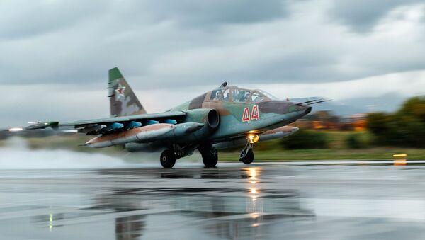 Rosyjski Su-25 w bazie Hmeimim, Syria - Sputnik Polska