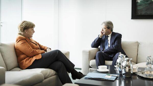 Kanclerz Niemiec Angela Merkel i premier Włoch Paolo Gentiloni w Berlinie - Sputnik Polska