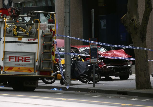 Samochód wjechał w tłum w Melbourne 20 stycznia 2017