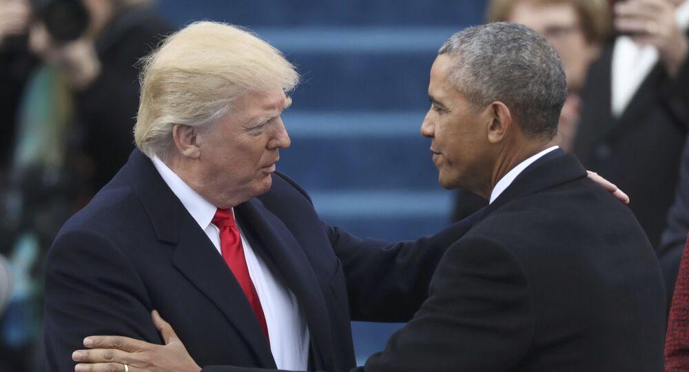 Donald Trump i Barack Obama przed rozpoczęciem ceremonii inauguracji