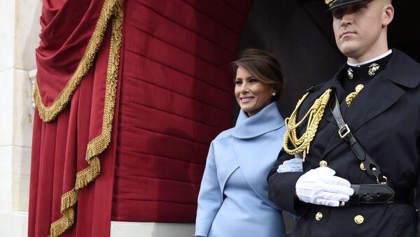 Melania Trump podczas ceremonii inauguracji - Sputnik Polska