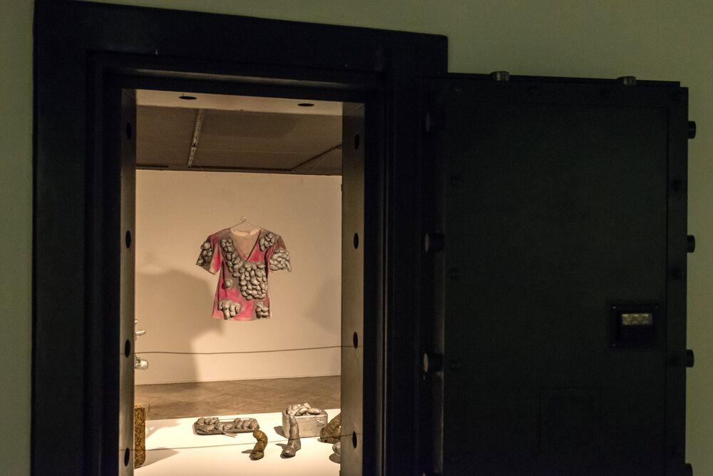 Eksponat na wystawie  Infinite Obsession japońskiej malarki  Yayoi Kusama w Brazylii