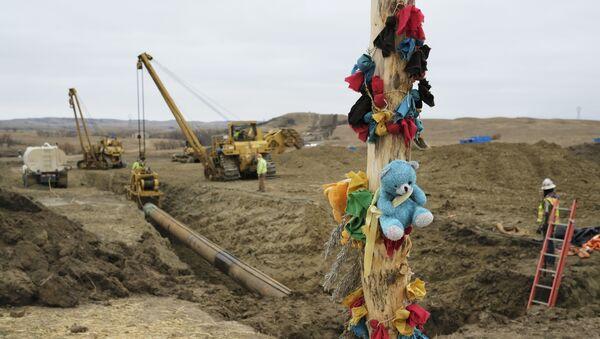 Pozostałości po protestach przeciwko budowie naftociągu Dakota Access na miejscu budowy - Sputnik Polska
