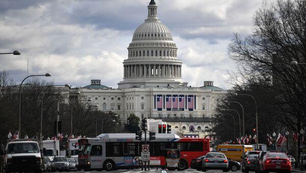 Widok na Kapitol w Waszyngtonie - Sputnik Polska