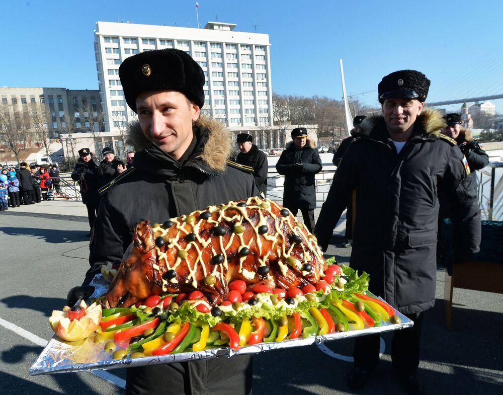 Grupa rosyjskich okrętów przybyła z Japonii do Władywostoku