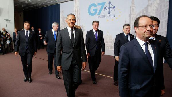Politycy rozchodzą się po wspólnym zdjęciu na G7 - Sputnik Polska