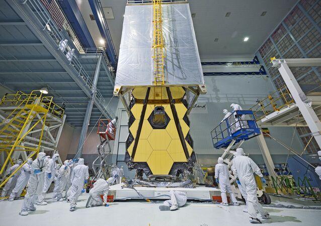Testy teleskopu James Webb