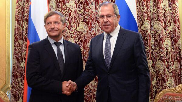 Ministrowie spraw zagranicznych Rosji i Słowenii Siergiej Ławrow i Karl Erjavec na spotkaniu w Moskwie - Sputnik Polska