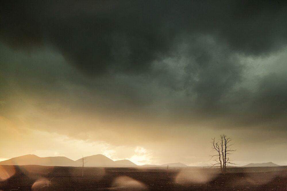 Front burzowy przykrywa niebo