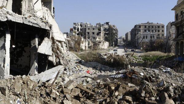 Zburzone domy w Aleppo - Sputnik Polska