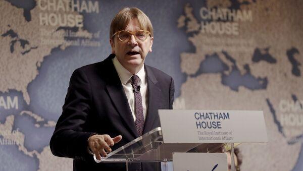 Przedstawiciel Parlamentu Europejskiego w negocjacjach w sprawie wyjścia Wielkiej Brytanii z UE Guy Verhofstadt - Sputnik Polska