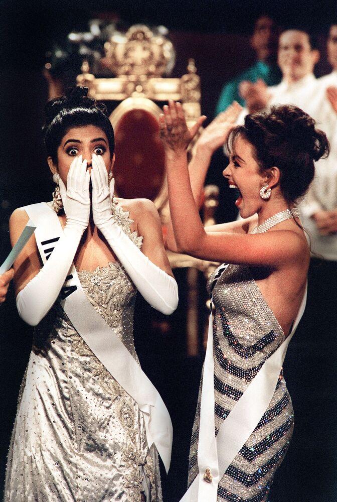 Zwyciężczyni konkursu Miss Universe 1994 Sushmita Sen z Indii