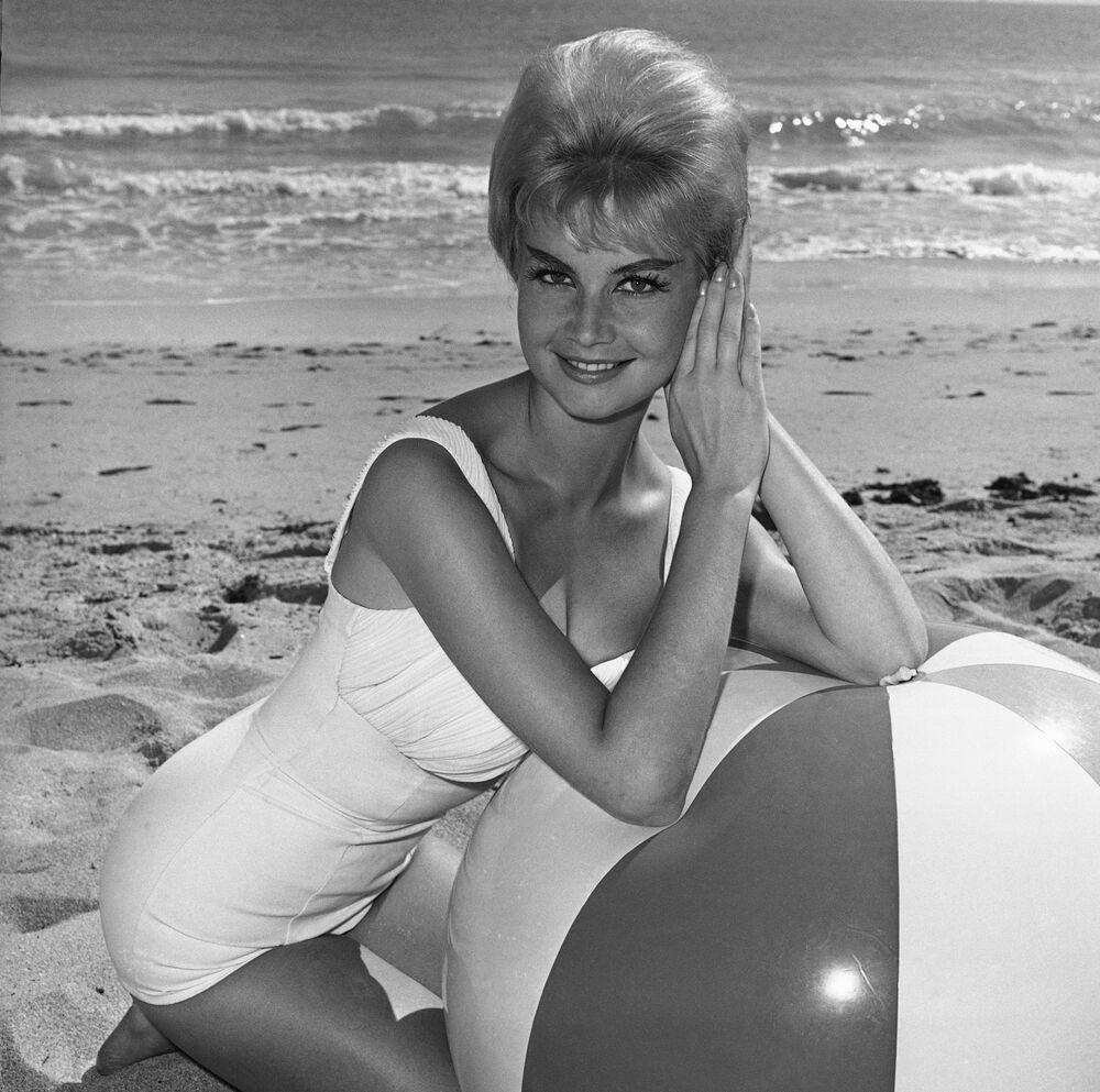 Zwyciężczyni konkursu Miss Universe 1961 Marlene Schmidt