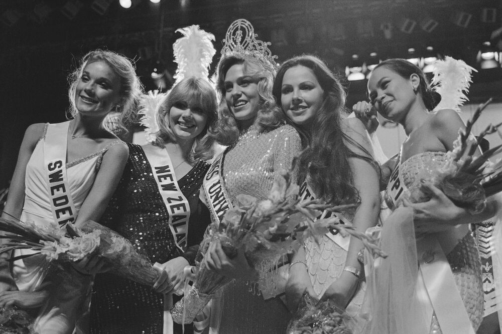 Zwyciężczyni konkursu Miss Universe 1980 Shawn Weatherly z USA