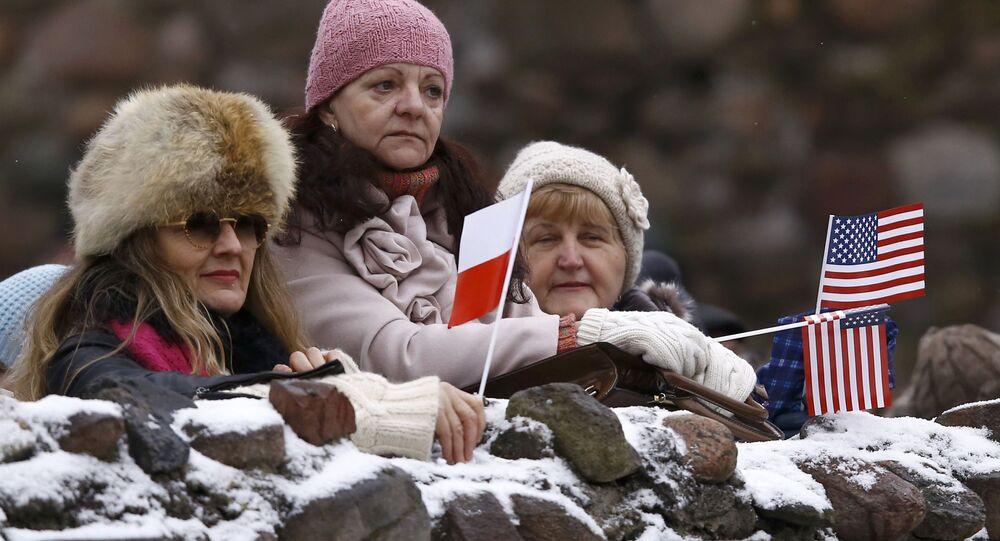 Polacy witają amerykańskie wojska