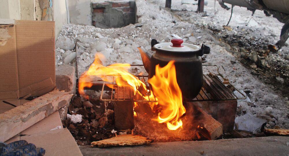 Ukraińscy żołnierze zajmują domy cywilów znajdujące się w obszarze przyfrontowym w Donbasie
