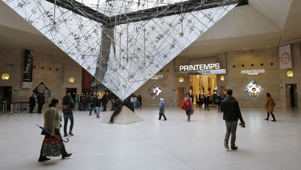 Centrum handlowe Louvre Carrousel w Paryżu - Sputnik Polska