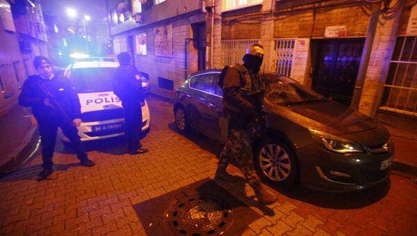 Turecka policja w Stambule - Sputnik Polska