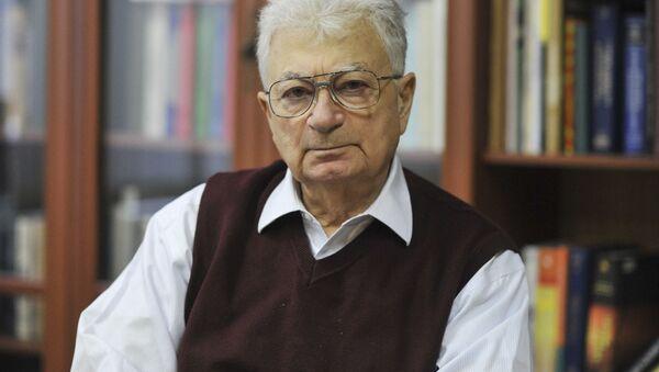 Profesor Jurij Oganiesian - Sputnik Polska