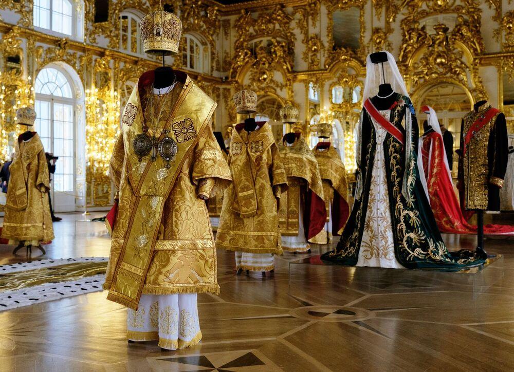 Wystawa kostiumów w Carskim Siole pod Petersburgiem