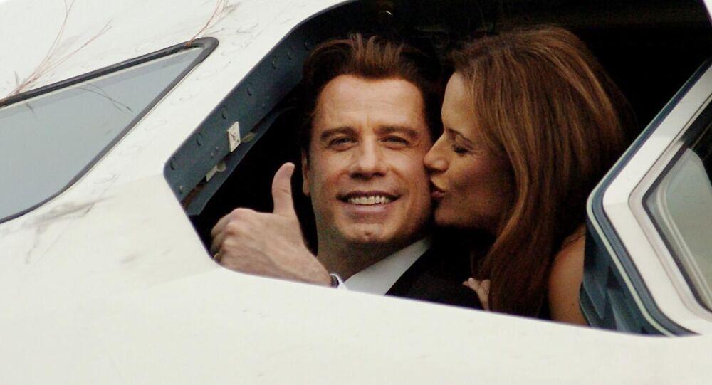 John Travolta z żoną