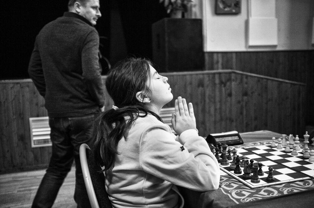 Zdjęcie Turniej Szachowy dla dzieci. Autor: Michael Hanke. Drugie miejsce w kategorii Sport - fotoreportaż .