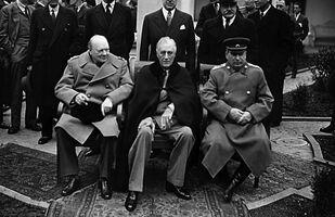 Premier Wielkiej Brytanii Winston Churchill, prezydent USA Franklin Delano Roosevelt oraz przywódca ZSRR Józef Stalin, Konferencja jałtańska 4-11 lutego 1945