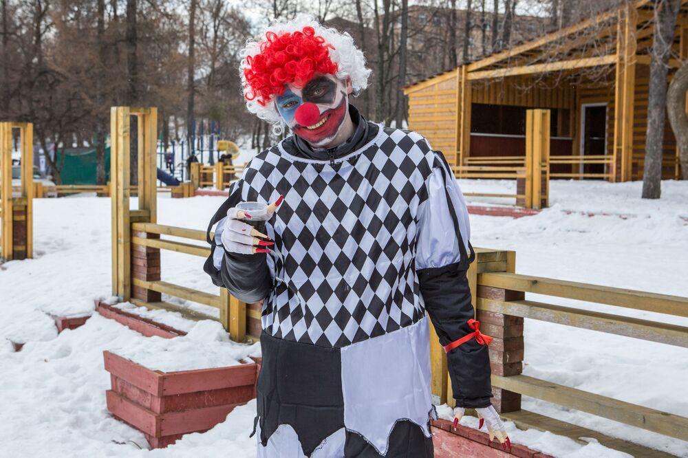 Uczestnik Międzynarodowego Zimowego Festiwalu Hiperborea w Karelii.