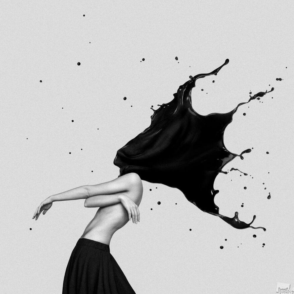 Zdjęcie Autoportret z czarnym atramentem. Autor: Maria Pleszkowa. Kategoria: Styl