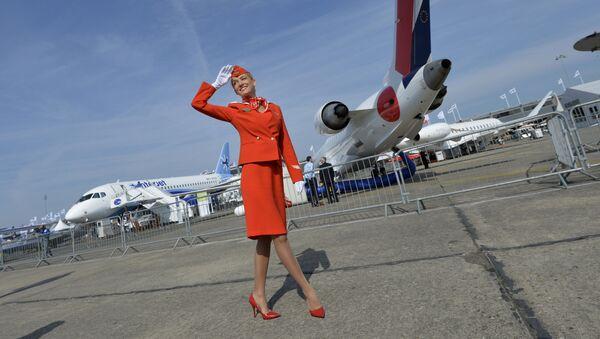 Стюардесса компании Аэрофлот на авиашоу в Ле-Бурже - Sputnik Polska
