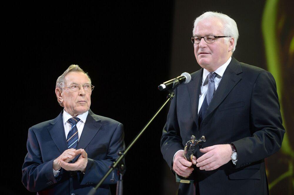 """François Delattre, ambasador Francji przy ONZ: """"Szczerze szanowałem i wysoko ceniłem Witalija Czurkina. Był wybitnym przedstawicielem Rosji przy ONZ. Bez względu na nasze rozbieżności zawsze pracowaliśmy w duchu wzajemnego szacunku i osobistej przyjaźni""""."""