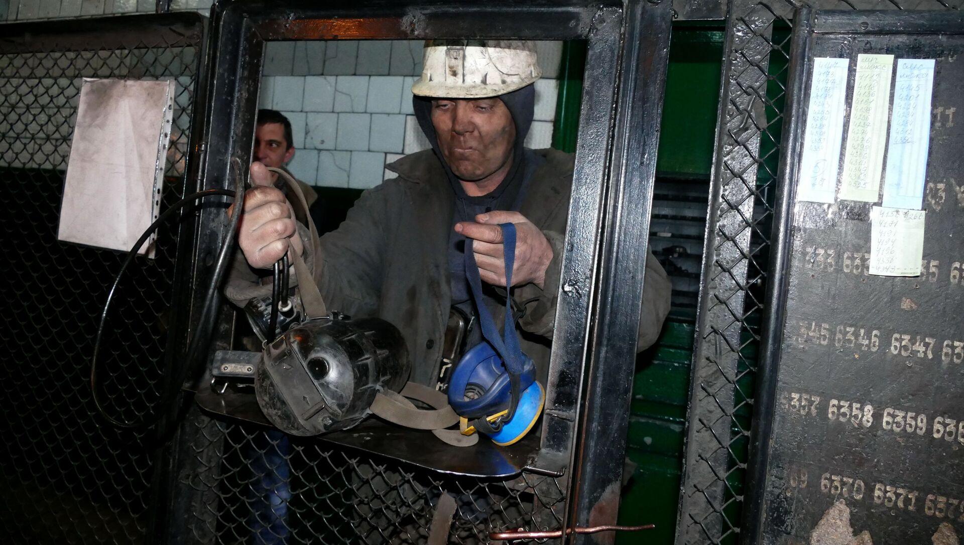 Górnicy w kopalni Makiejewugol - Sputnik Polska, 1920, 01.06.2021